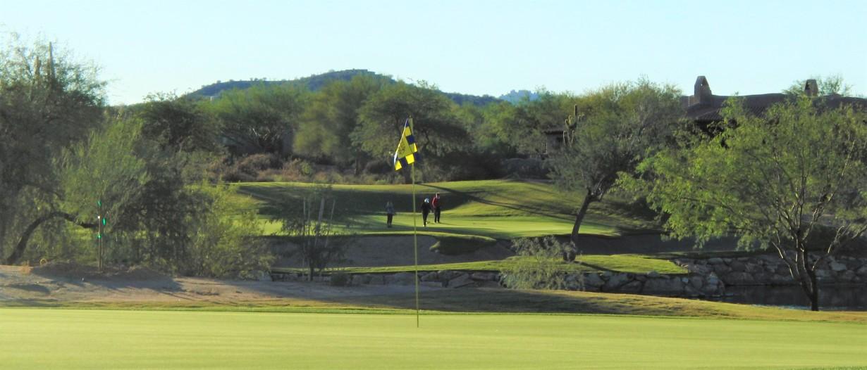 tonto-golf-banner